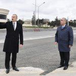 Ильхам Алиев ознакомился с работами по расширению дороги Баку-Сумгайыт
