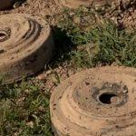 «Скорее всего, российские миротворцы получили минные карты, и поэтому у них там идет более успешное разминирование»