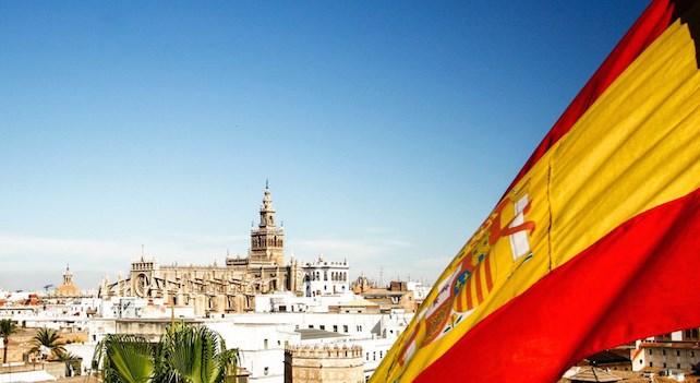 В Испании второй день подряд не фиксируют смертные случаи от коронавируса
