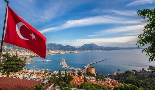 Турция ослабляет карантинный режим