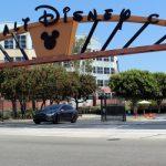 В Disney заявили, что один из ее топ-менеджеров уйдет из компании и возглавит TikTok
