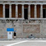 Обязательное ношение масок в супермаркетах Греции отменили