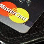 Mastercard разрешит операции с помощью криптовалют