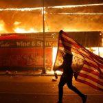 Пламя протестов и грабежей