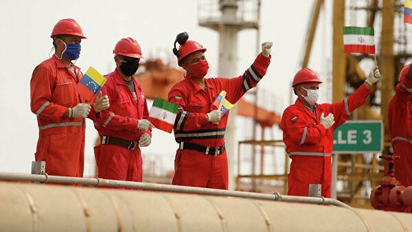 В Иране готовы продолжить поставки топлива в Венесуэлу, если поступит запрос