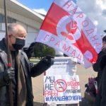 «Только бы не этот усатый дедушка» - белорусский журналист о президентских выборах