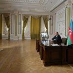 Ильхам Алиев провел видеоконференцию с вице-президентом Microsoft