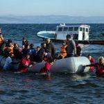 У берегов Турции затонула лодка с беженцами, спасены 35 человек