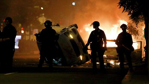 Протестующие в США пытались сжечь историческую «церковь президентов»