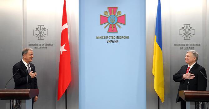 Хулуси Акар: «Турция не признавала и не собирается признавать аннексию Крыма»