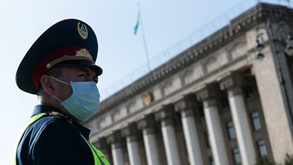 В Казахстане за сутки коронавирусом заразились почти 1,8 тысячи человек