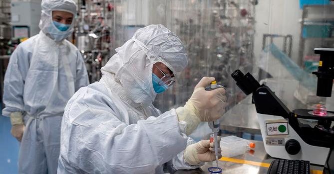 Китай заявил о появлении нового опасного типа пневмонии в Казахстане