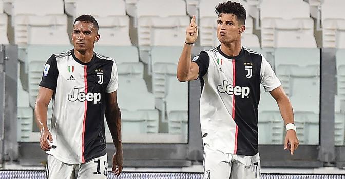 Дубль Роналду с пенальти помог «Ювентусу» сыграть вничью в матче с «Аталантой»