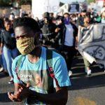 В Луизиане начались протесты после убийства полицейскими афроамериканца