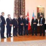 Джейхун Байрамов вручил турецким политикам ордена и медали Азербайджана