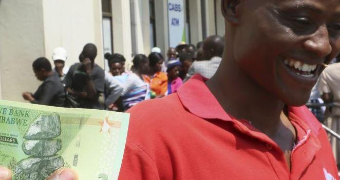 В Зимбабве инфляция превысила 800% годовых