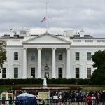 Прервавший брифинг Трампа мужчина угрожал убийством людей рядом с Белым домом