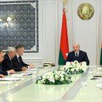 """Лукашенко заявил о том, что против Беларуси ведется """"гибридная война"""""""