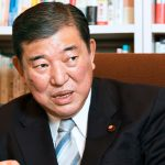 Японцы считают, что следующим премьером должен быть экс-министр обороны