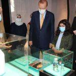 Президент Турции посетил выставку «Так ты более прекрасна»