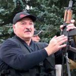Людей можно заставить любить Лукашенко: модель «осажденной крепости»