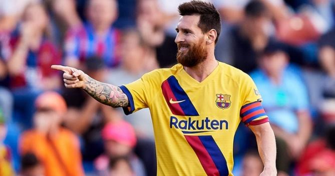 Пике предложил назвать стадион «Барселоны» в честь Месси