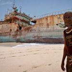 Посольство РФ в Нигерии заявило, что пираты похитили 2 россиян при захвате судна