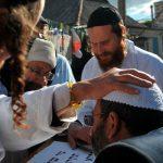 Сотни еврейских паломников остаются на украинско-белорусской границе