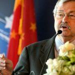 Посол США в Пекине заявил, что эпидемию COVID-19 можно было удержать в Ухане