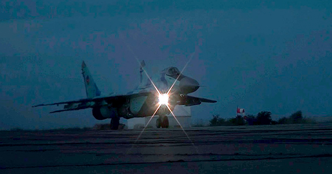 ВВС Азербайджана провели ночные учения