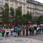 B Будапеште состоялась акция протеста против гянджинского террора