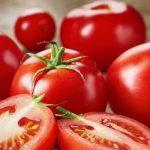 Не было бы счастья, да несчастье помогло: помидоры на рынках продаются по манату за килограмм