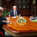Лукашенко поручил закрыть границу Беларуси