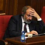 Никол Пашинян освободил от должности сразу двух замминистров