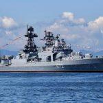 """Корабль """"Адмирал Виноградов"""" остановил нарушение госграницы России эсминцем ВМС США"""
