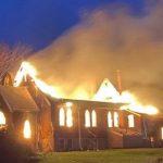 В Канаде за ночь сгорели две церкви