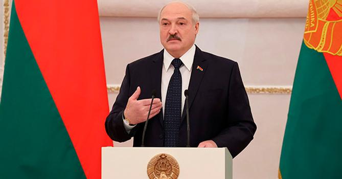 Лукашенко рассказал, как его можно отстранить от власти