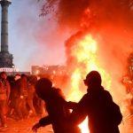 Свыше 80 человек задержаны на акции протеста в Париже
