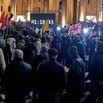 В Тбилиси у парламента начался митинг оппозиции против итогов выборов