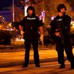 Полиция Вены сообщает о шести местах нападения террористов