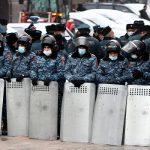 В Ереване у здания кабмина задержаны 69 участника акции протеста