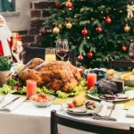 Глава Минздрава Франции призвал граждан не праздновать Новый год