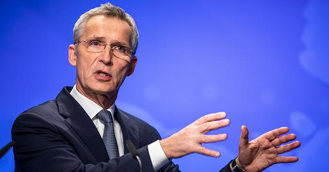 Столтенберг призвал страны НАТО наращивать расходы на оборону