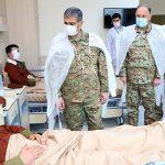 Министр обороны посетил военный госпиталь