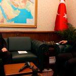 Анкара призывает Афины решать разногласия за столом переговоров
