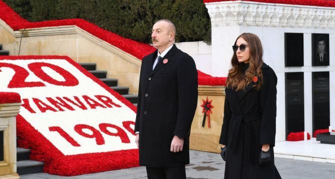 Президент Ильхам Алиев и Первая леди Мехрибан Алиева посетили Аллею шехидов в связи с 31-й годовщиной кровавой трагедии 20 Января