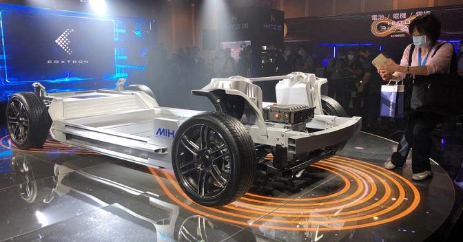 Foxconn объединится с Fisker для создания электромобиля