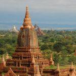 В Мьянме проходят уличные акции протеста после захвата власти военными