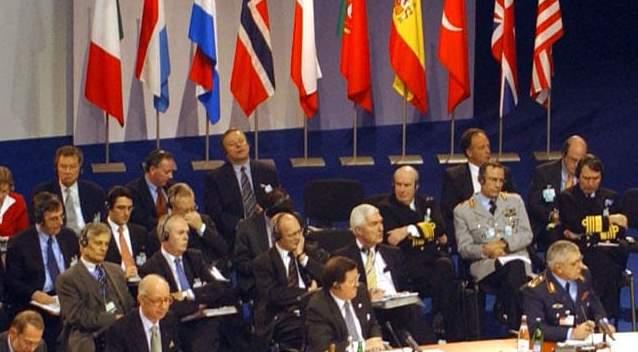Власти Болгарии отказались от участия в учениях НАТО из-за COVID-19