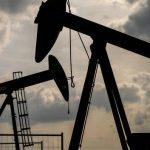 Стоимость нефти марки Brent перешагнула отметку в 77 долларов впервые с 2018 года